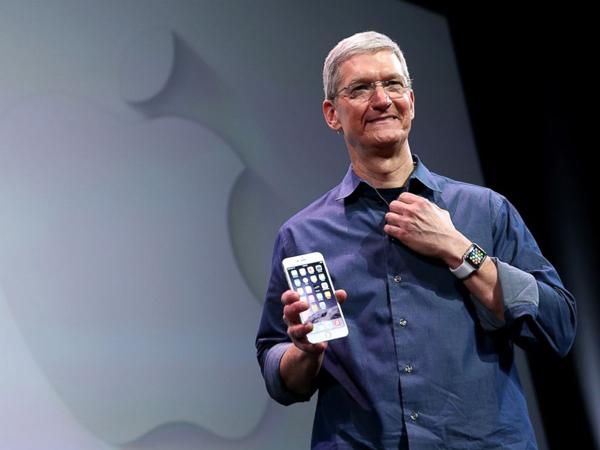 Berapakah Jumlah Penghasilan CEO Apple Tim Cook di Tahun 2014?