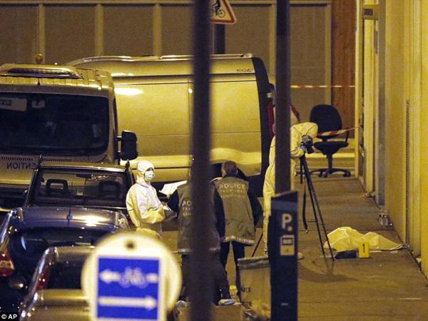 Ini Kondisi Mengenaskan Kantor Majalah Charlie Hebdo Pasca Insiden Penembakan Maut
