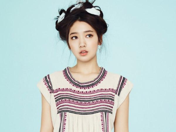 Park Shin Hye Beri Semangat untuk Para Anak Muda Lewat MV Terbarunya 'My Dear'