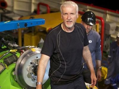 James Cameron: Hollywood Krisis Karena Terlalu Mengandalkan Film 3D