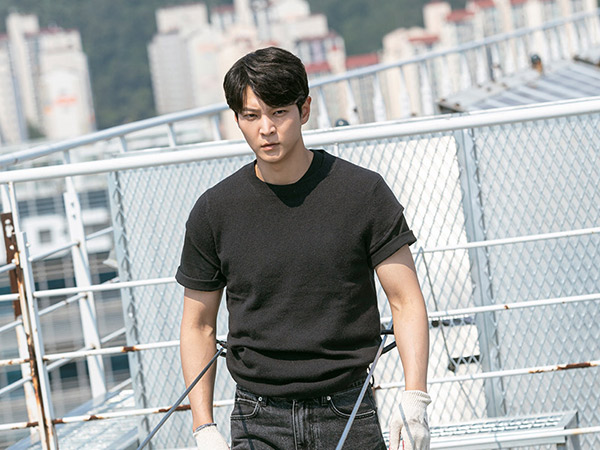 Joo Won Cerita Syuting Adegan Aksi Tanpa CGI di Drama Alice