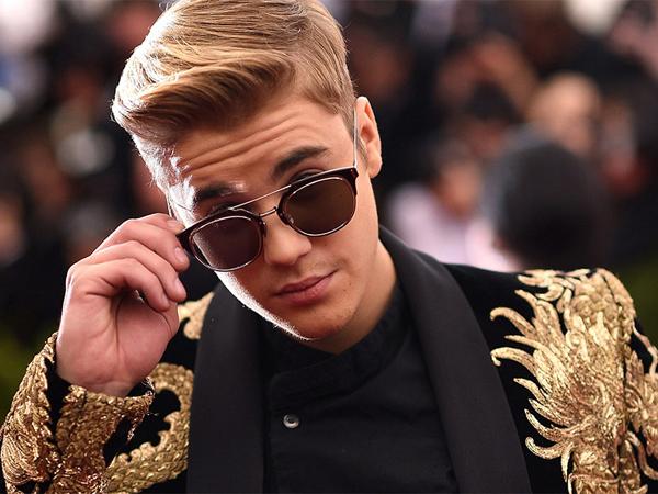 Dibayar Berapa Pun, Justin Bieber Tolak Tawaran Menyanyi di Pesta Pernikahan!