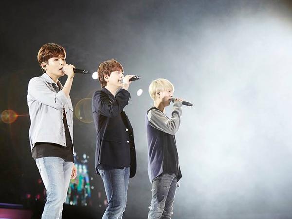 Super Junior K.R.Y Berikan Kado Tahun Baru yang Manis dan Berkesan untuk Fans Indonesia