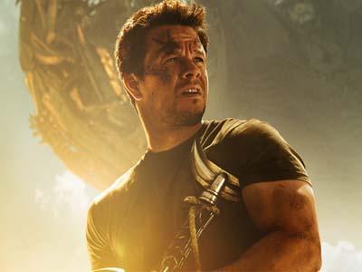 Keluarga Mark Wahlberg Terancam Bahaya di 'Transformers Age of Extinction'!