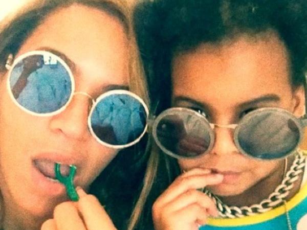 Intip Momen 'Kembar' Beyonce dan Puteri Kecilnya, Blue Ivy Yuk!