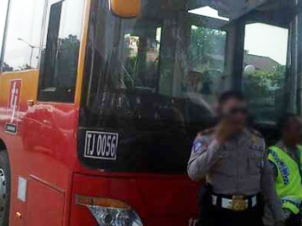 Ini Penjelasan Sopir Bus Transjakarta yang Ditilang