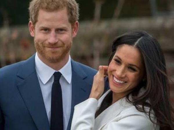 Pangeran Harry Minta Hadiah Pernikahannya Disumbangkan untuk Beli Pembalut Wanita?