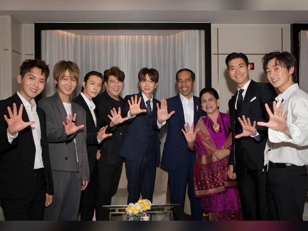 Potret Keakraban Super Junior Bareng Presiden Jokowi di Korea Selatan, #DaebakJokowi!
