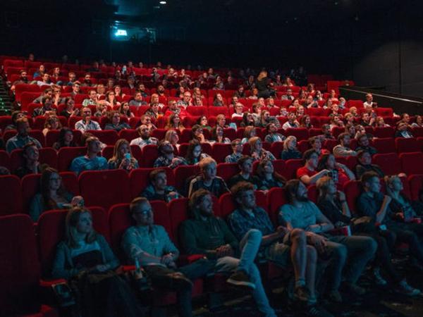 Bioskop di Inggris Akan Kembali DIbuka Jika Penuhi Persyaratan Ini