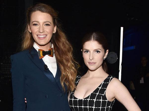 Blake Lively Ungkap Ingin Selingkuh dari Ryan Reynolds Dengan Anna Kendrick!