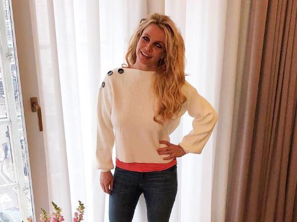 Batalkan 32 Konser, Britney Spears Dirawat karena Gangguan Kesehatan Mental