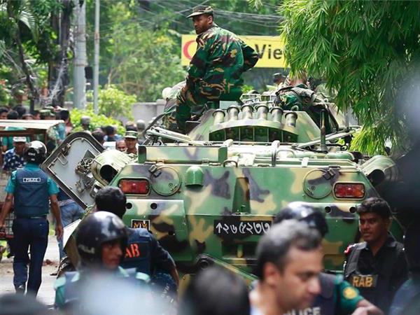 Rumor Berkembang Al-Qaeda, ISIS Klaim Penyanderaan Sadis Kafe Bangladesh