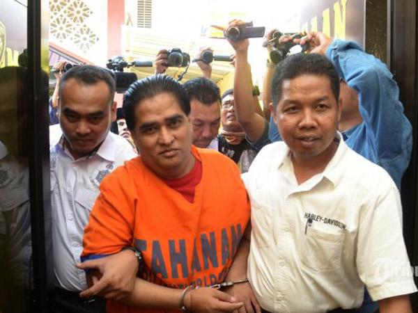 Penipu Miliaran Dimas Kanjeng Dituntut Penjara Seumur Hidup atas Tuduhan Pembunuhan