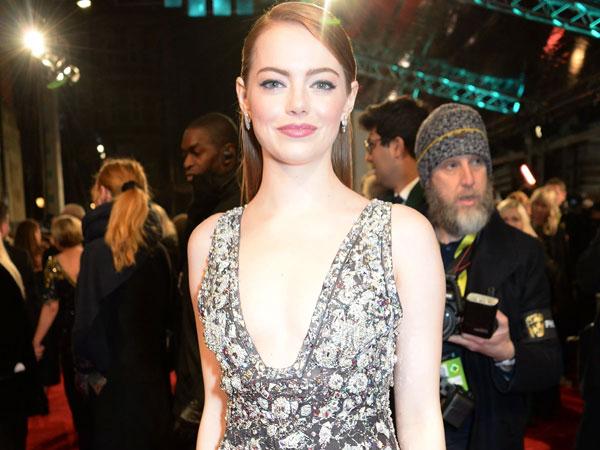 Emma Stone Siap Jadi Si Antagonis Cruella De Vil di Film 'Cruella'
