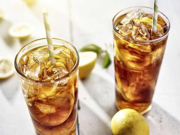 Es Teh Manis Jadi Favorit Saat Makan Siang? Hati-hati Dampaknya Bagi Kesehatan