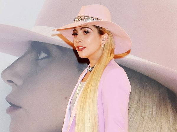 Lady Gaga Rilis 'Joanne' Piano Version untuk Sosok yang Menginspirasinya, Siapa Dia?