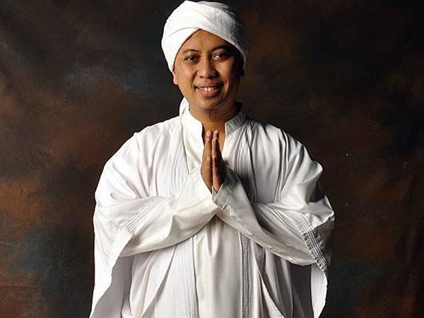 Isu Poligami Muncul, Penyanyi Religi Opick Digugat Cerai Istri?