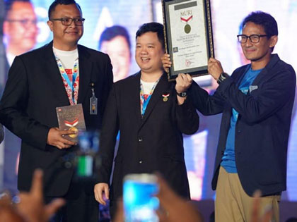 Sandiaga Uno Raih Rekor MURI dari Kampanye di Ribuan Titik di Indonesia