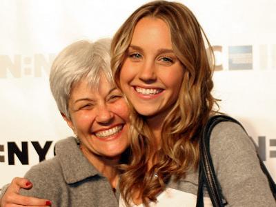 Inilah Komentar Ibu Amanda Bynes Soal Kondisi Kejiwaan Sang Anak