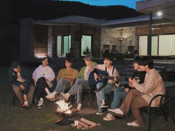 BTS Dominasi Chart iTunes Dunia di 90 Negara dengan Album dan Lagu Baru