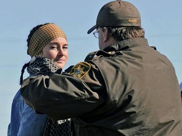 Terlibat Aksi Unjuk Rasa, Shailene Woodley 'Divergent' Ditangkap Polisi!