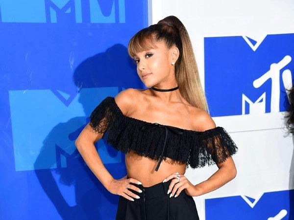 Rahasia Hidup Sehat Ariana Grande, Diet Vegan dan 12 Ribu Langkah Sehari