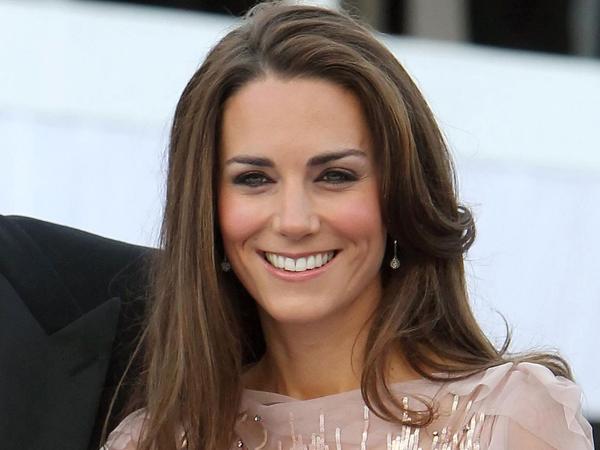 Selamat! Kate Middleton Melahirkan Seorang Bayi Perempuan!