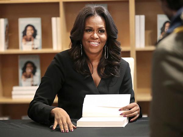 Michelle Obama Raih Penghargaan Grammy Pertamanya