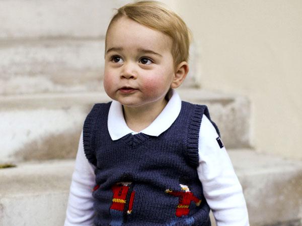 Pakai Piyama, Begini Gaya Imut Pangeran George Sambut Barack Obama di Istana
