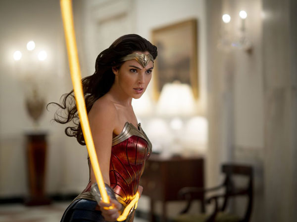 Tampil Lebih Badas, 'Wonder Woman 1984' Justru Lesu di Box Office
