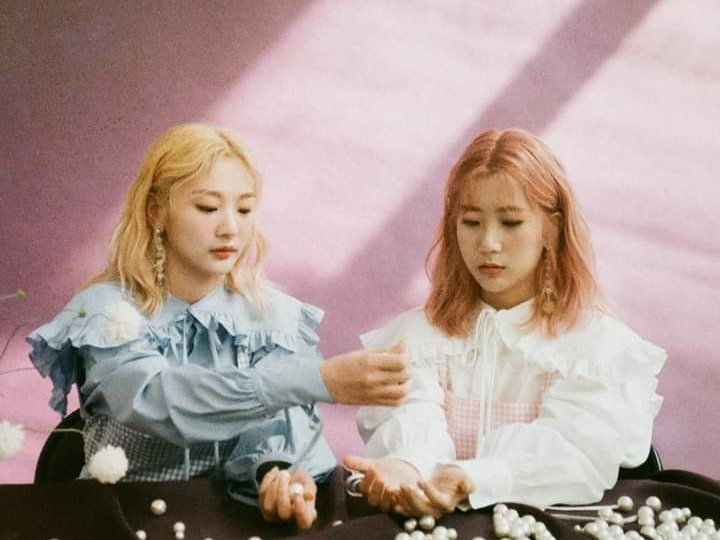 Bolbbalgan4 Hidupkan Musim Semi dengan Dua MV Comeback 'Bom' dan 'Stars over me'