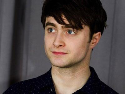 Buang Image Harry Potter, Daniel Radcliffe Perankan Gay