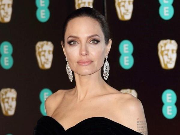 Angelina Jolie Rencana Ingin Tambah Anak Lagi