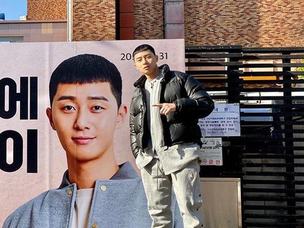 Begini Cara Unik Park Seo Joon Ungkap Jadwal Tayang Drama Terbarunya