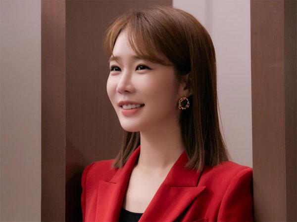 Yoo In Na Ungkap Kesan Main Drama 'The Spies Who Loved Me'