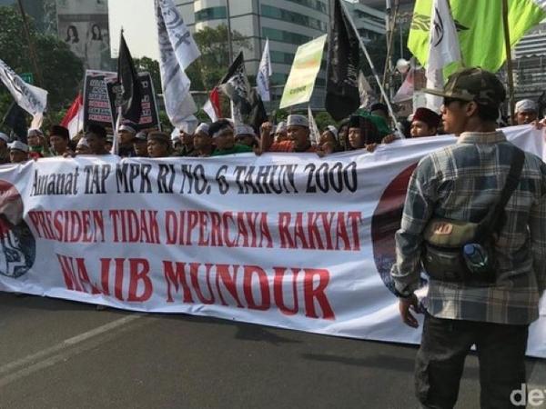 Tak Sinkron dengan Demo Mahasiswa, Massa Mujahid 212 Tuntut Jokowi Lengser?