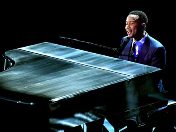 Merinding, John Legend Bawakan Medley Soundtrack 'La La Land' di Oscar 2017