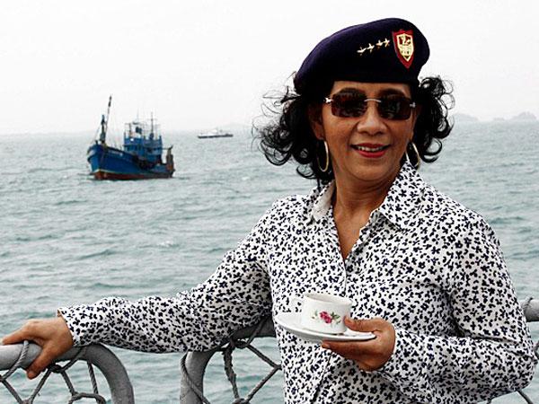 Identik dengan Meledakan Kapal, Menteri Susi Jadi Inspirasi Tokoh Komik Jepang!