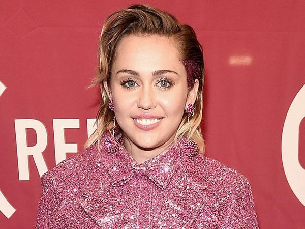 Sama Seperti Taylor Swift, Miley Cyrus Juga Biayai Semua Hubungannya dengan Liam Hemsworth?