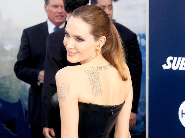 Angelina Jolie Siap Duduk di Balik Layar Untuk Film 'Africa'