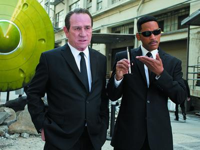 Men In Black 3 Saingi The Avengers