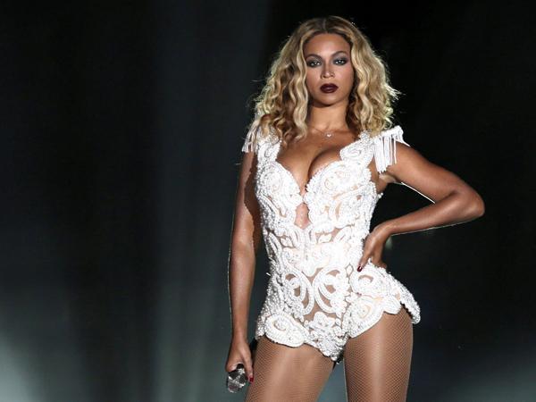 Pertarungan Fanbase Dunia Dimulai, Ini Cara Ekstrim Fans Beyonce Mempromosikan Idolanya