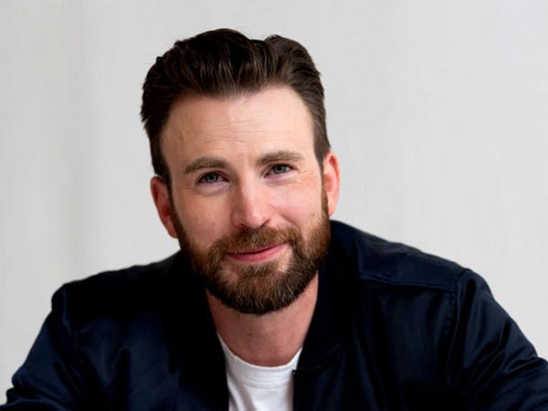 Gabung Instagram, Chris Evans Reuni dengan Avengers untuk Kegiatan Amal