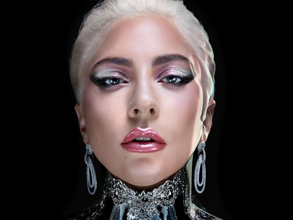 Promosi Bakal Rilis Brand Kosmetik, Lady Gaga Kenakan Anting Buatan Rinaldy Yunardi