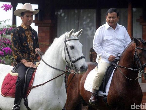 Jokowi Sebut Pilihan Saat Rekonsiliasi dengan Prabowo: Naik Kuda Atau MRT?