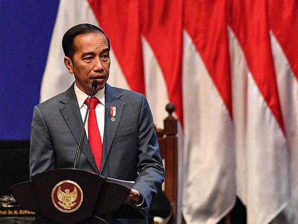 Indonesia Punya Nilai Ekonomi Digital Terbesar Asia, Jokowi Curhat Medsosnya Penuh Iklan Penggemuk