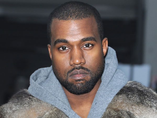 Ungkap Tulisan Seperti Mendukung Donald Trump, Kanye West Diprotes oleh Istrinya dan John Legend!