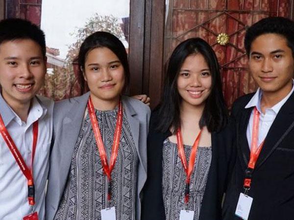 Pelajar Indonesia Ikut Debat Internasional, Sejumlah Netizen Malah Meremehkan dan Nyinyir
