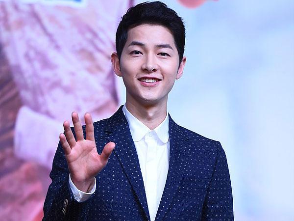Tak Main Drama Tahun Ini, Song Joong Ki Terpilih Jadi Aktor TV Terpopuler 2017