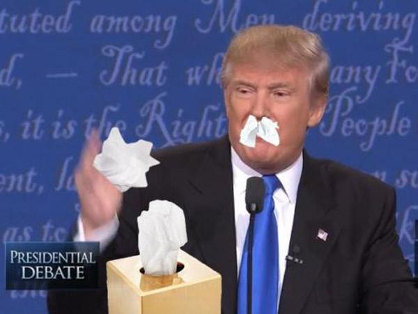 Baru Mulai Debat Pertama, Netizen Serang Twitter Dengan Meme 'Trump Ingusan'